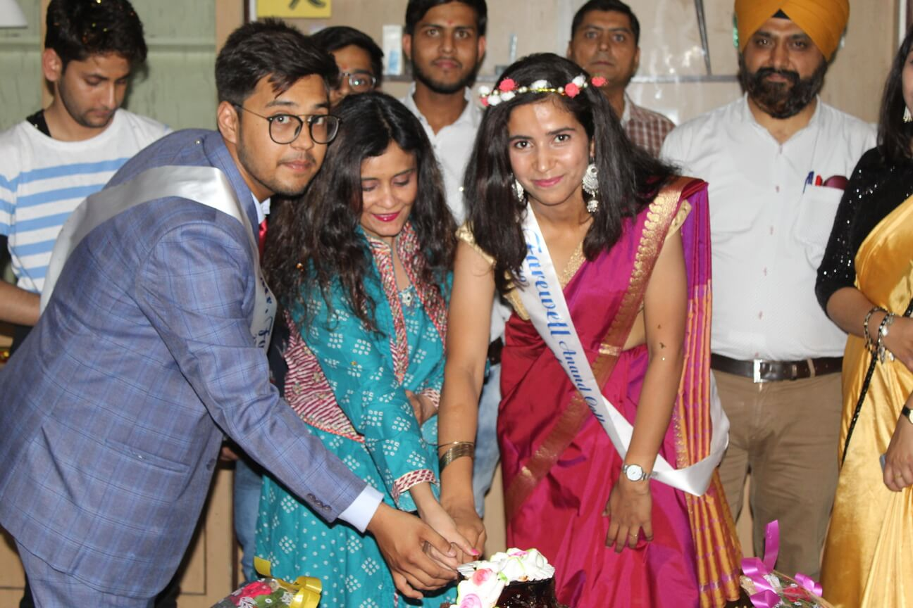 FAREWELL PARTY-2K19 @Anand College of Pharmacy